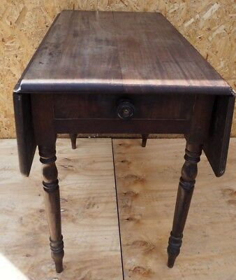 Antique Victorian Pembroke Drop leaf table / Kitchen table /Pembroke table
