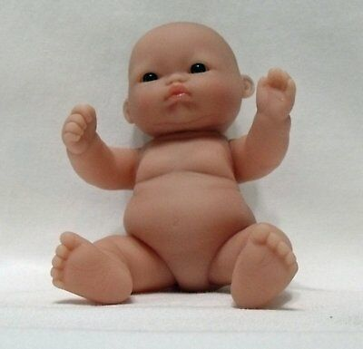 """Itty Bitty Baby-5"""" Lots to Love Baby"""