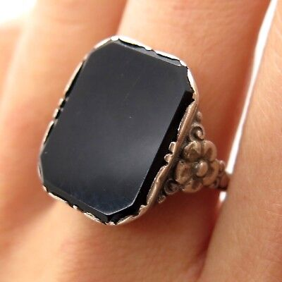 1910s Antique Victorian 925 Sterling Silver Handmade Onyx Gemstone Floral Ring