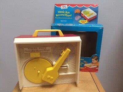 FISHER PRICE Music Box Record Player 995 @ Vintage 1972 Record Player