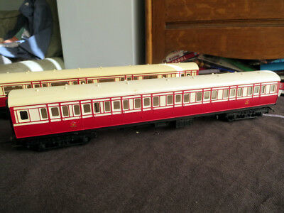 Pair of Triang Caledonian Railway coaches, 00 gauge, maroon/white, good runners