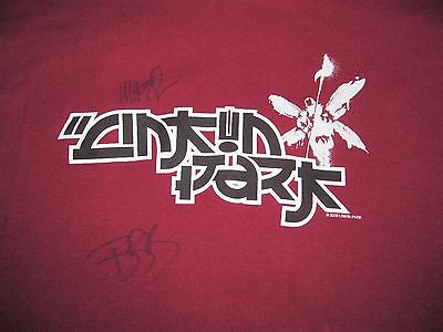 LINKIN PARK Autographed Asian logo Red cotton T shirt Men's sz L Large 21 by 30
