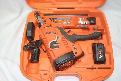 Paslode CF325Li Cordles 30 Degree Framing Nailer With Case 902600 Li-ion Used
