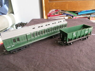 Triang BR Engineering coach R620 & Hopper R347 both excellent Departmental stock