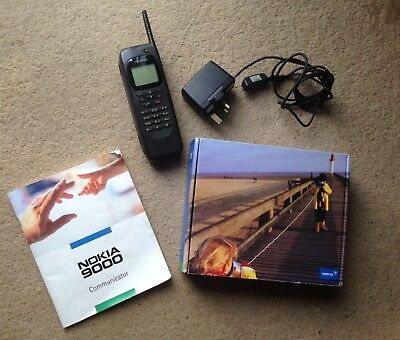 Nokia 9000 Communicator Boxed. Charger. Manual. Turns on. Bad Battery See Photos