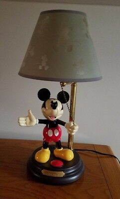 REDUCED!! MICKEY MOUSE DISNEY ANIMATED TALKING LAMP. Excellent Condition!