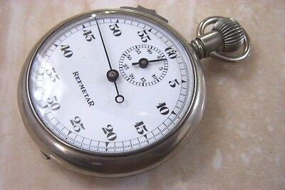 A REFMETAR VINTAGE FOOTBALL REFEREE'S STOPWATCH c. EARLY 1930'S