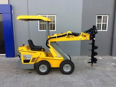 Ozziquip Puma Diesel Loader with Fencer Package