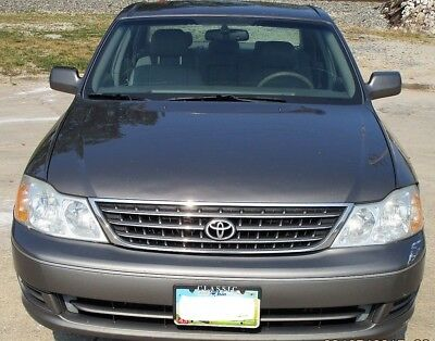 2003 Toyota Avalon  2003 Toyota Avalon XL/ XLS ( Clean In & Out - Cold Air - Must See)!