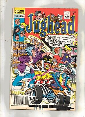 JUGHEAD No 21 with/ARCHIE, REGGIE, BETTY and HOT DOG.