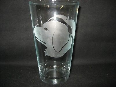 New Etched Christmas Santa Claus Golden Retriever Pint Glass Tumbler