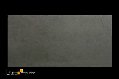 Mist Grey Matt Porcelain Floor & Wall Tile 300x600 Cement Look