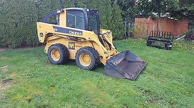 2007 John Deere 325 Skid Steer Loader