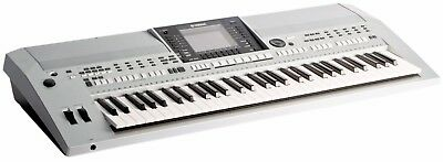 Yamaha PSR-S900 - 61-Key Arranger Workstation Keyboard