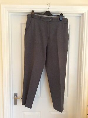 Henselite Womens Bowls Trousers. Size 16/18