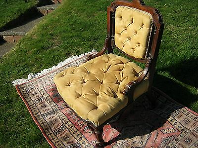 Beautiful Victorian Salon Chair (or Ladies Chair) in Mahogany