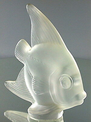 Stunning Art Crystal Frosted Glass Art Vannes France Fish Paperweight Sculpture