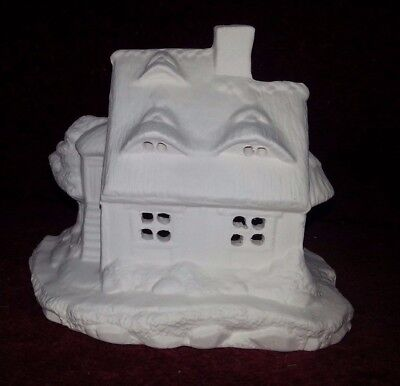 ceramic bisque Thatched Cottage. Approx 120 mm High. Xmas SceneTo Paint or glaze