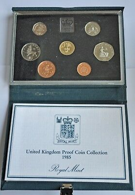 UK PROOF 7 COIN YEAR SET, 1985, £1 T0 1p, WITH COA, IN BLUE CASE FDC