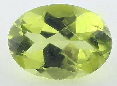 RARE 8x6mm OVAL-FACET STRONG-GREEN NATURAL AFGHAN PERIDOT GEMSTONE (APP £97)