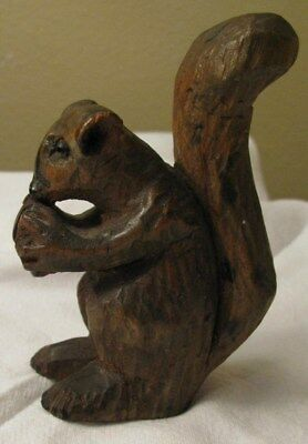 "Vintage hand carved OZARK  4"" Squirrel w/ Nut- Folk Art-Primitive-orig.patina"