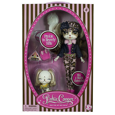 Pinkie Cooper - Deluxe Travel Collection - Pinkie in BEVERLY HILLS Doll & Pet