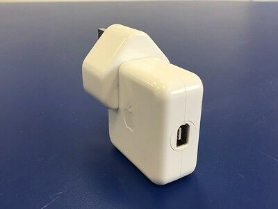 Apple A1070 Firewire Charger For Classic Generation 1 & 2 - Genuine