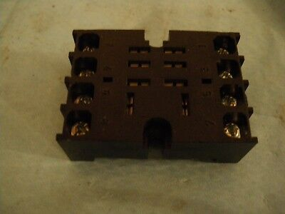 8 pin Relay base socket RS 351 926 screw base ERS-8HS2/C1005