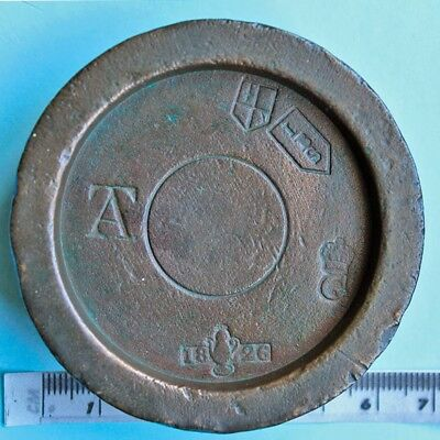 19th century bronze 1lb weight, West Suffolk