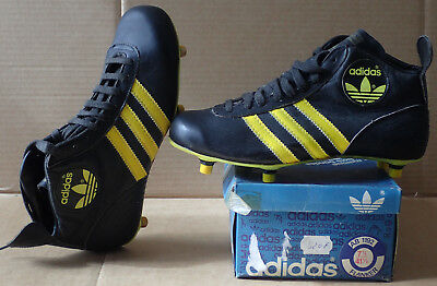 Chaussures Rugby vintage Adidas FLANKER  années 80  NEUF