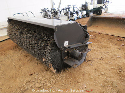 """2016 Paladin Bradco 84"""" Sweeper Broom Attachment Skid Steer Loader Hyd Angle NEW"""