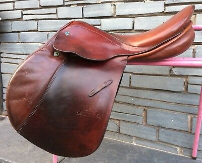 """No Reserve! 17 1/2"""" MW Stubben Edelweiss Jump Saddle. Square Cantle. Big Blocks."""