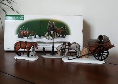Dept 56 Dickens Village Accessory Horses at the Lampguard
