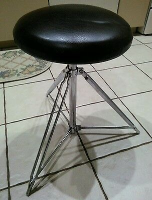 Vintage Rogers Brown Drum Throne excellent condition as good as they come used.