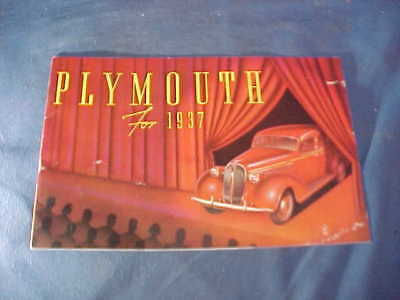 1937 PLYMOUTH AUTOMOBILE Illustrated ADVERTISING BROCHURE w Color Images