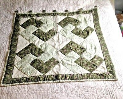 Vintage Hand Quilted Wall Hanging / Lap Quilt - Points dark green, beige, pastel