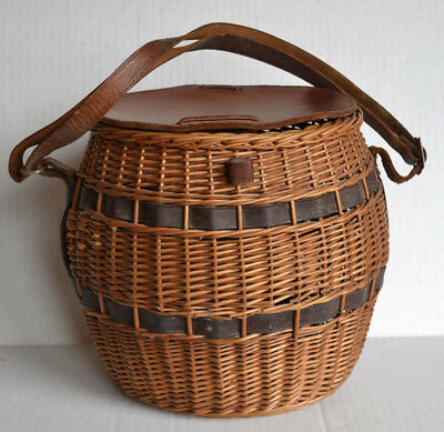 """Vintage WICKER & LEATHER BASKET 10""""x 10"""" Hunting, Fishing, Decorative or ?"""
