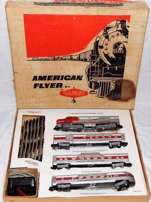 VERY CLEAN 1960 American Flyer 20620 THE CHIEF Santa Fe passenger SET red stripe