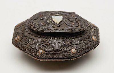Antique Finely Carved Coconut Shell Snuff Box Early 19Th C.