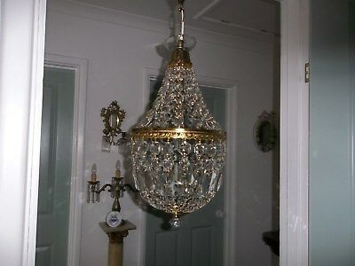 Large Stunning Vintage Classic Quality Tent And Basket Crystal Chanderlier