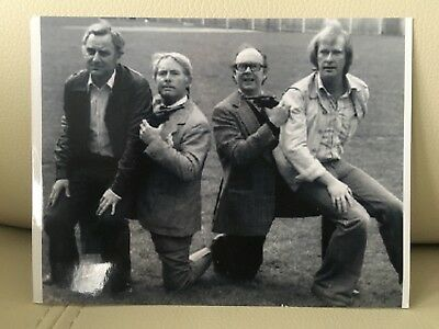 Morecambe and Wise in The Sweeney John Thaw  & Dennis Waterman Very Rare B&w