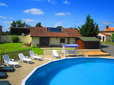 Holiday Gite / Cottage /House with 8m swimming pool in Poitou-Charente, France