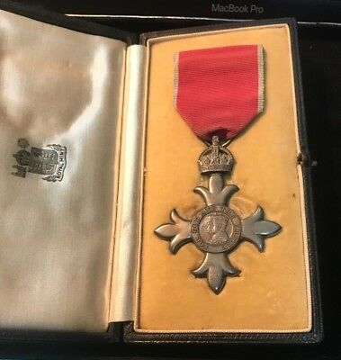 Member Of The British Empire M.b.e Medal. 2Nd Type Civil & Case.