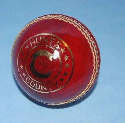 Hunts County 5 1/2oz County Club Cricket Ball   One Ball