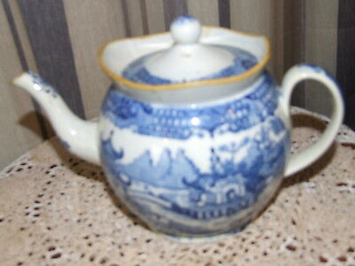 19th  CENTURY BLUE AND WHITE TEAPOT