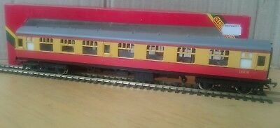 Hornby  R928. OO Gauge BR MK1 Red & Cream Composite Coach. Boxed