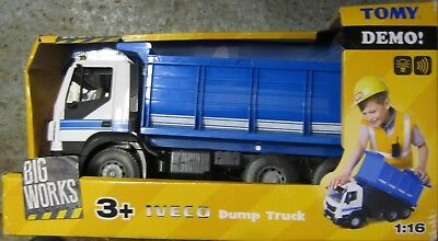 Tomy Big Works Iveco Dump Truck 1:16 Scale Lights and Sound