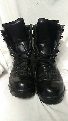 Military issue Black boots very comfortable 9 large