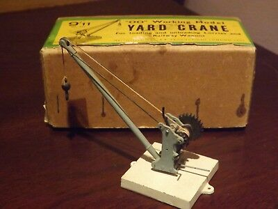 "S&b Products...a ""oo"" Gauge Working  Yard Crane ..in Excellent Condition/boxed."