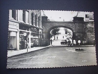 Old Postcard Shipquay Gate, Londonderry, Posted 1962. Valentine's